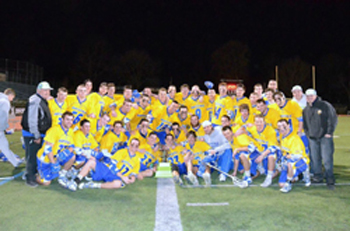 Hofstra Men's lacrosse Team & the Relentless Cup