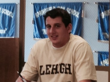 Lucas Spence signs with Lehigh