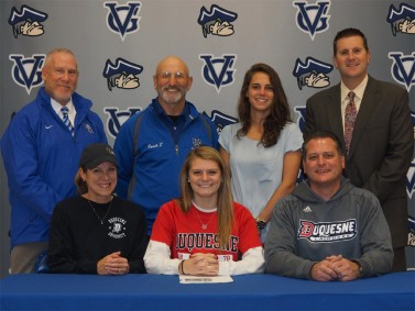 Megan Buettner signs with Duquesne