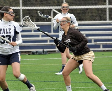 Lehigh senior Kelly Scott defending