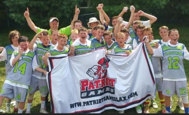 HEADstrong 2021s celebrate Patriot Games championship